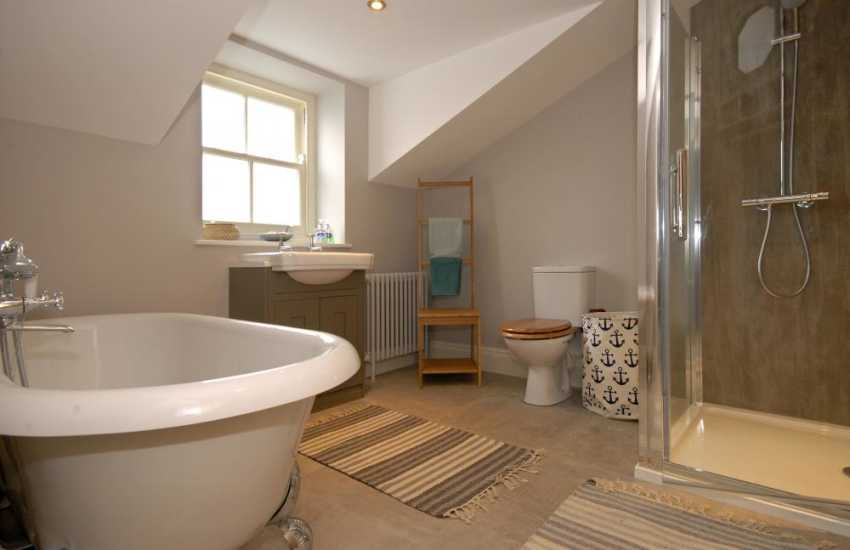 Haverfordwest Pembrokeshire holiday home family bathroom with seperate shower