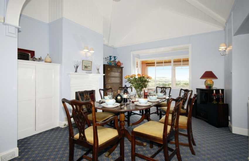 Holiday cottage near St Davids - Dining room