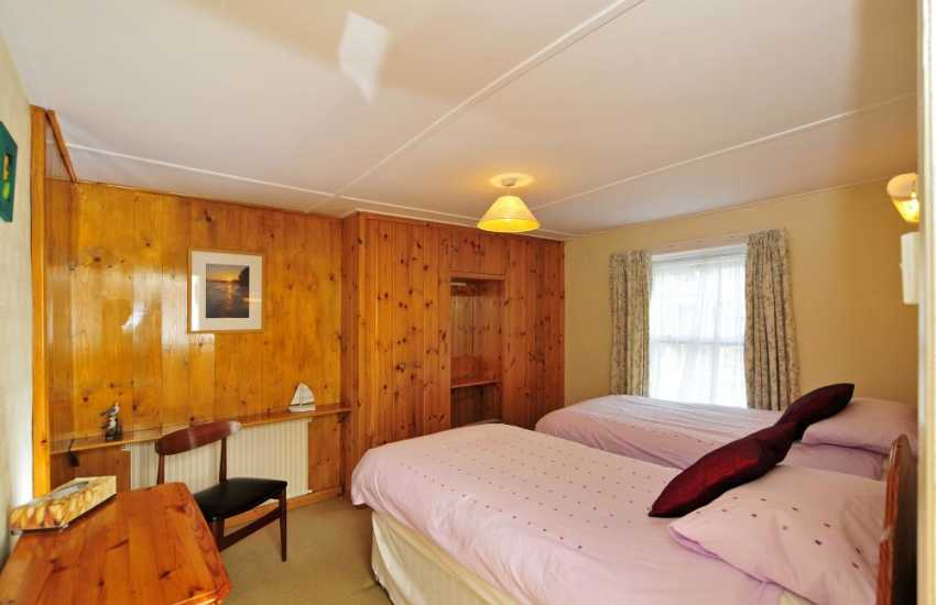 Abercastle nearby cottage holiday for 6