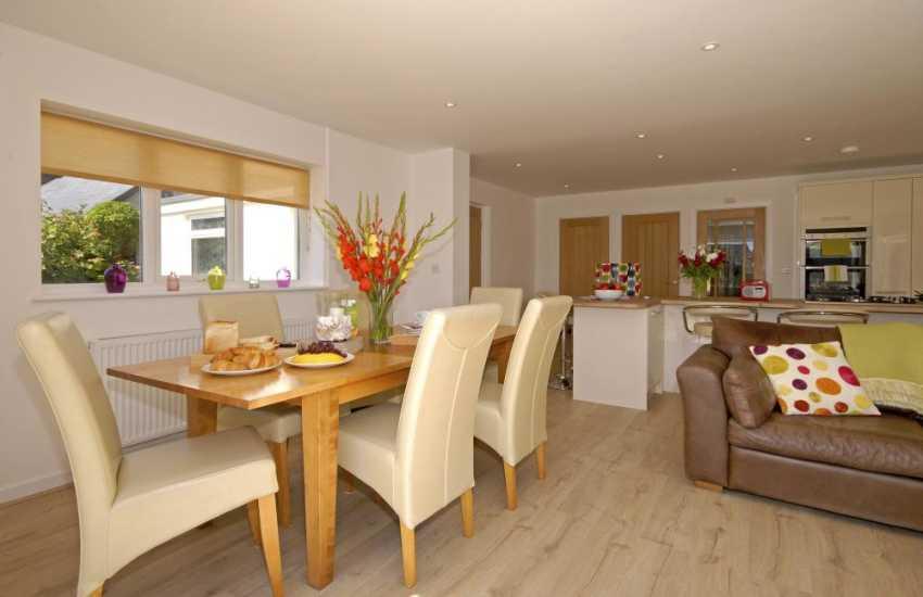 St Davids Peninsula holiday home - spacious open plan dining area