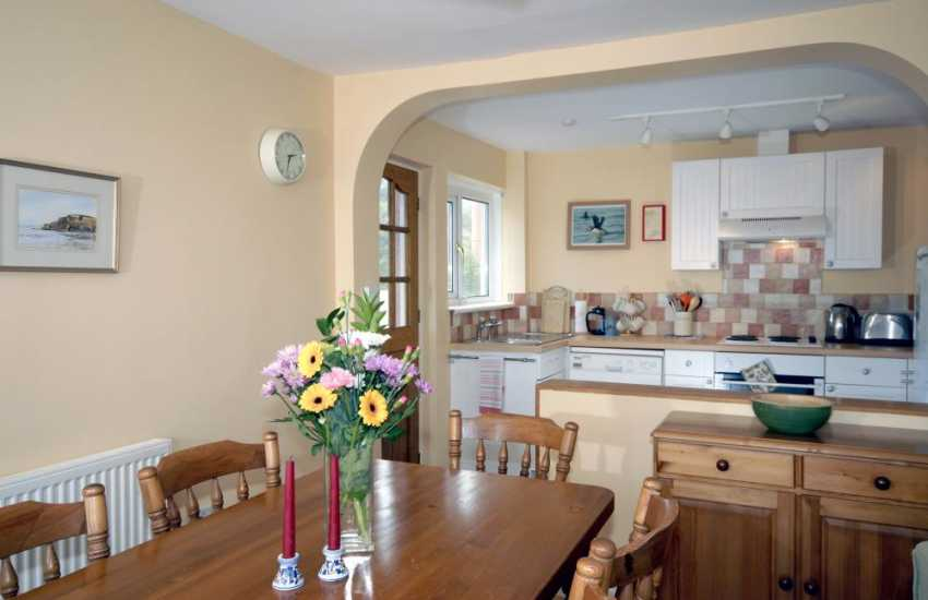 Self-catering holiday cottage near Broad Haven - kitchen/diner