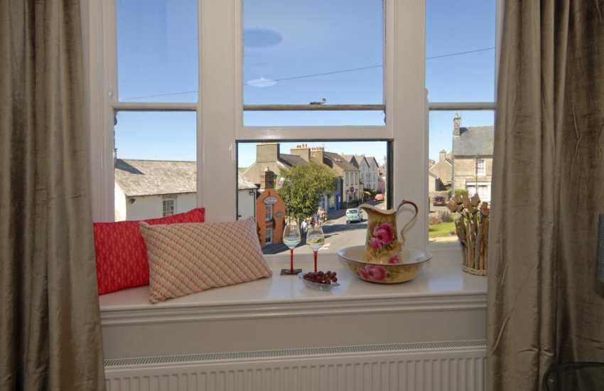 Pembrokeshire, St Davids City holiday apartment with views over Cross Square