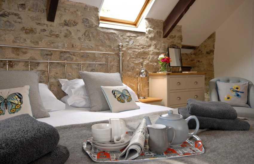 St Davids Pembrokeshire 18th Century Granary - cosy master bedroom