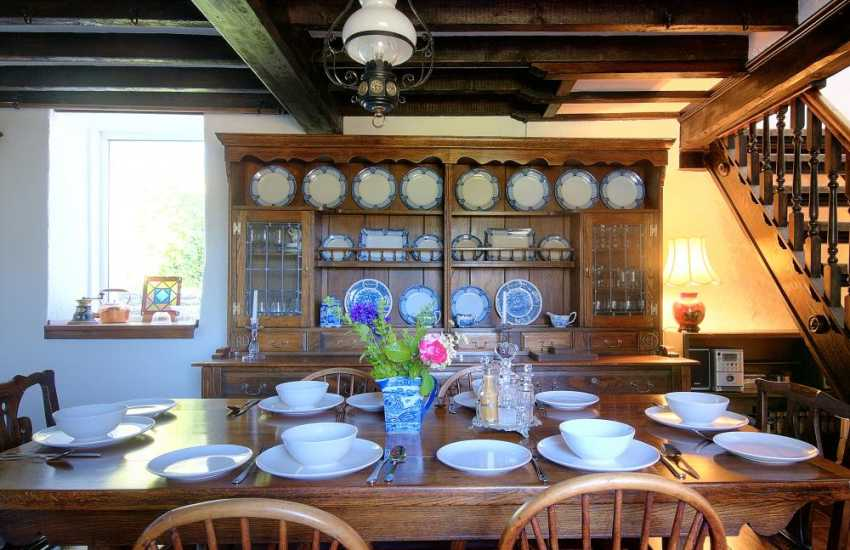 Corwen holiday cottage - dining