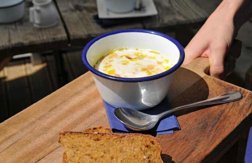 River cafe & canoe hire Glasbury nr hay on Wye