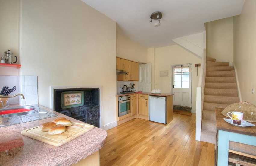 Pet friendly holiday cottage Hay on Wye - kitchen