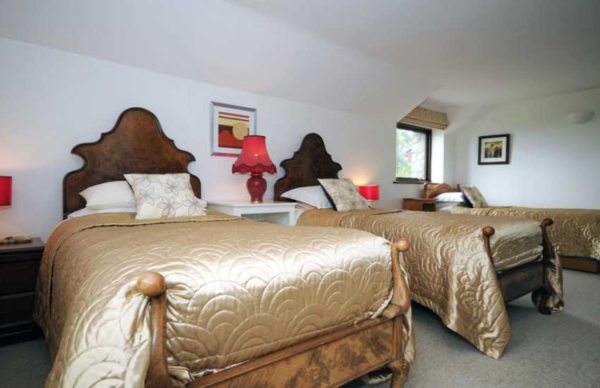 Harlech holiday cottage - triple bedroom
