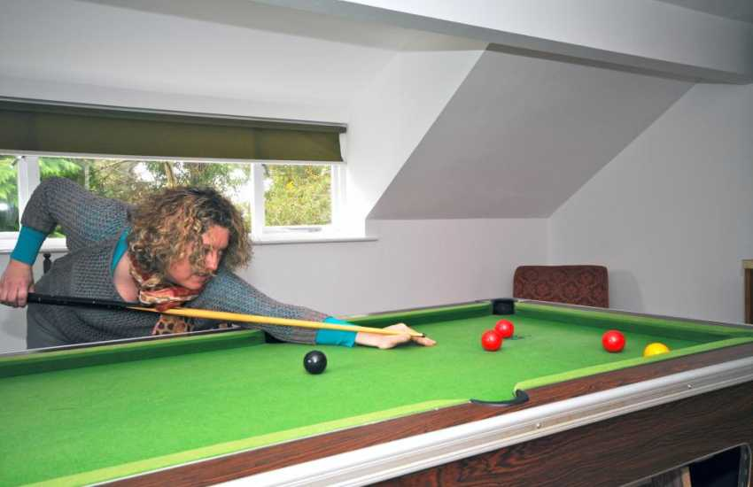 Cottage Harlech - games room