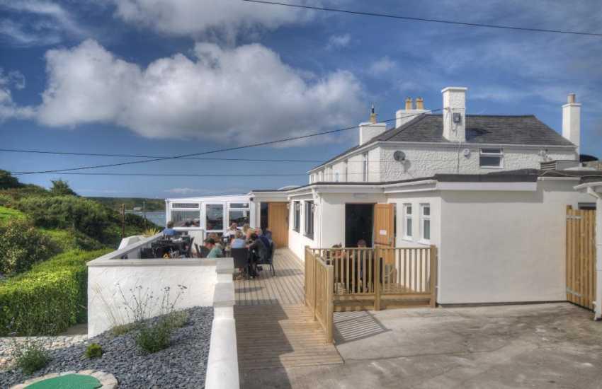 The Cliffs Inn just near the beach in Morfa Nefyn