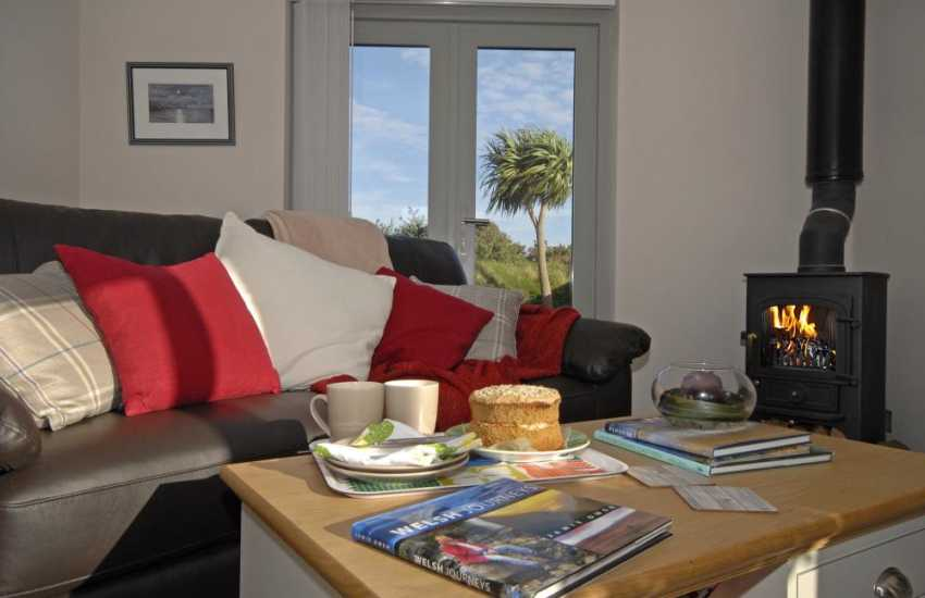 St Davids comfortable holiday home with wood burner and French doors to the gardens