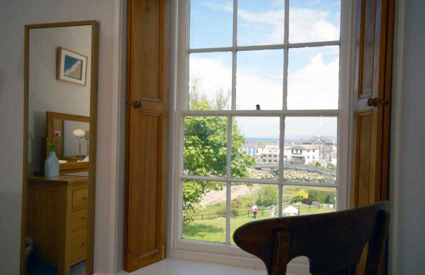 Cardigan Bay Aberaeron - holiday home double with harbour views