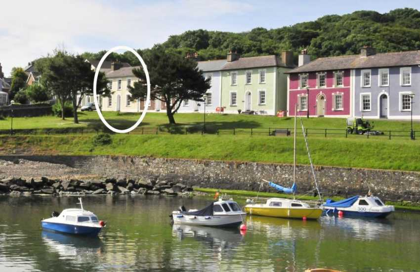 Elegant colour-washed Georgian houses alongside the harbour - Aberaeron, reputedly designed by John Nash