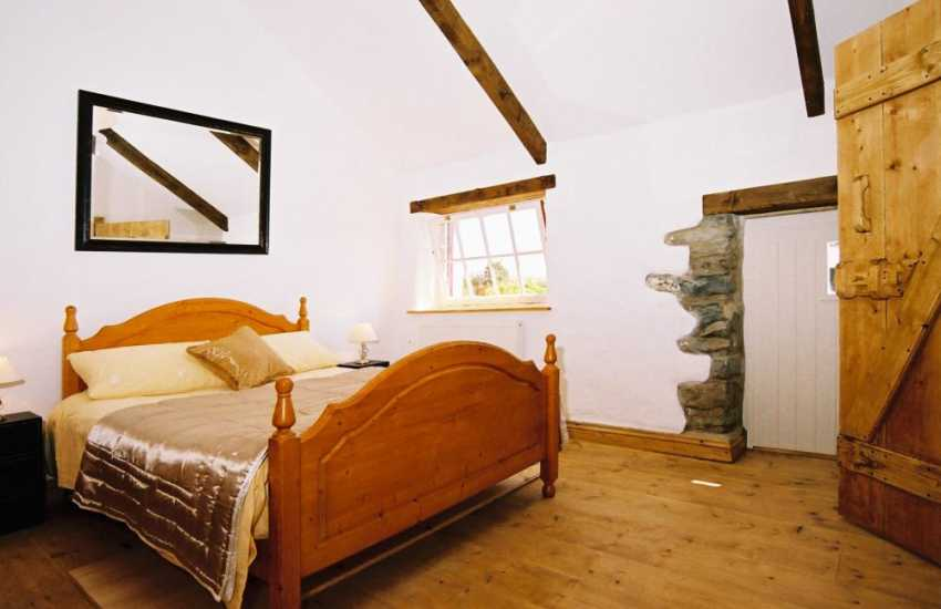 welsh holiday house bedroom