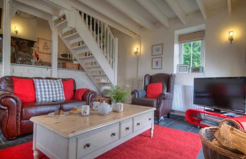 Welsh coastal cottage - lounge