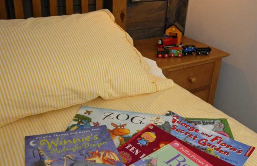 Holiday cottage Newport, Pembs with children's toys, games and books