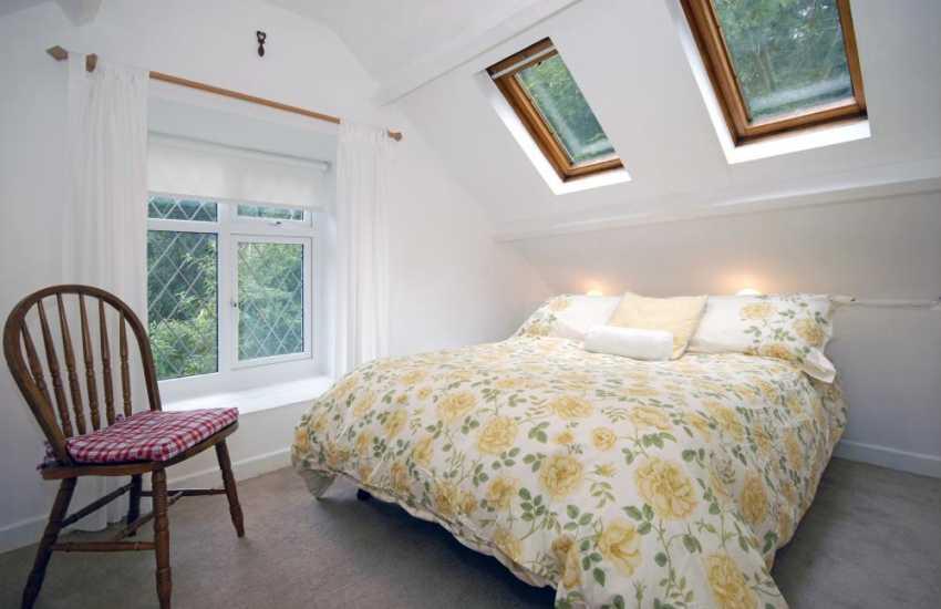 Pembrokeshire holiday cottage near Solva - double bedroom