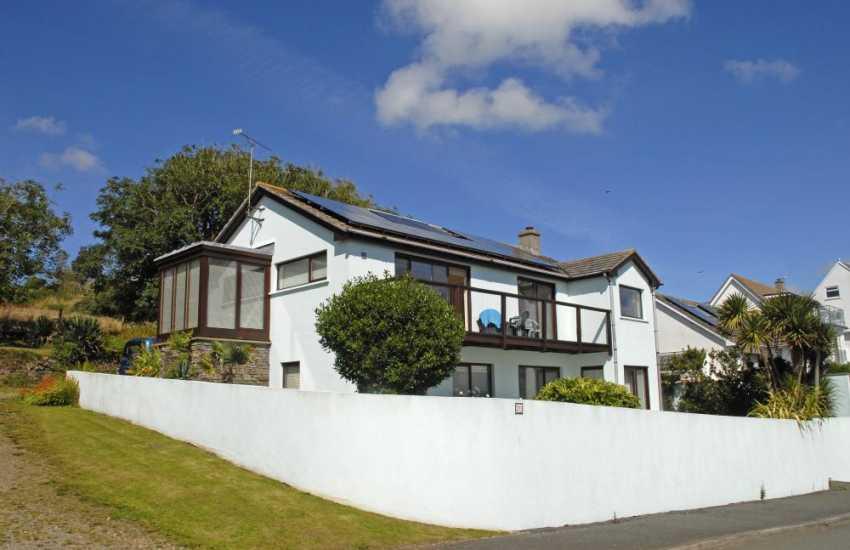 Solva modern upside down house with sea views - dog friendly