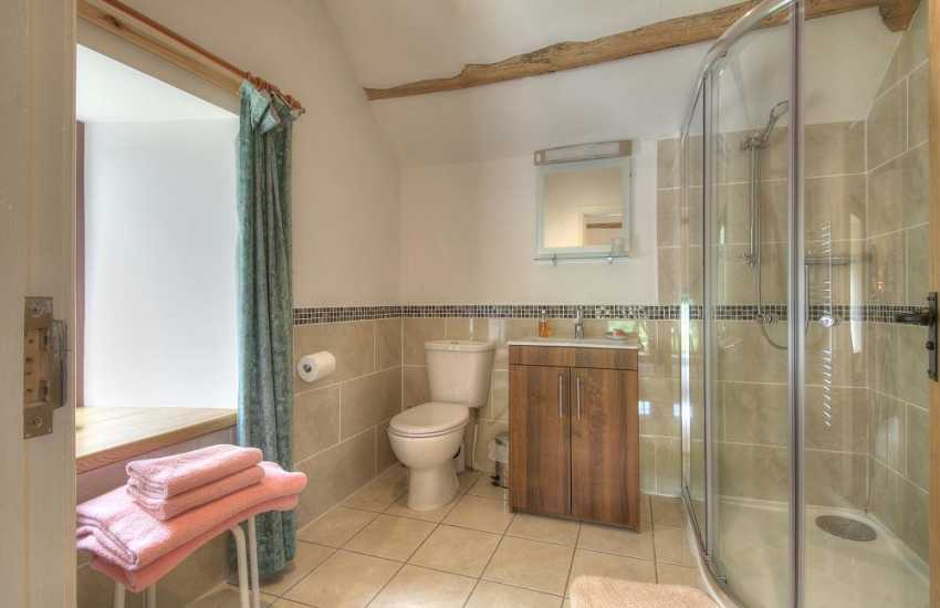 Mid Wales holiday cottage - ensuite