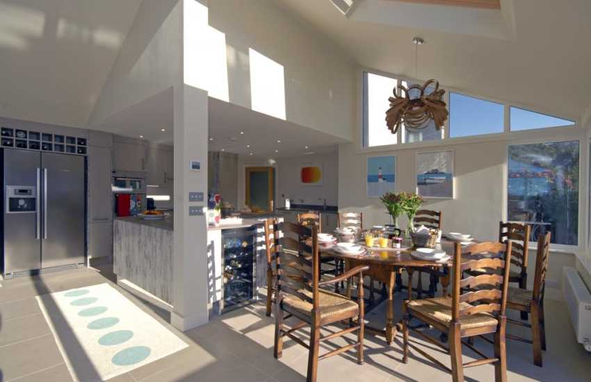 Little Haven self catering holiday home - spacious modern Kitchen/dining area