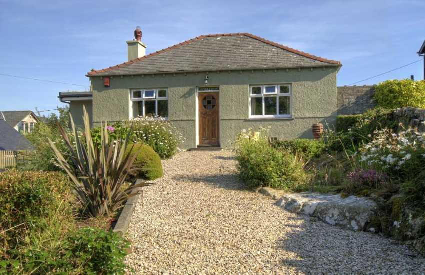 Abererch Beach holiday cottage-sleeps 6