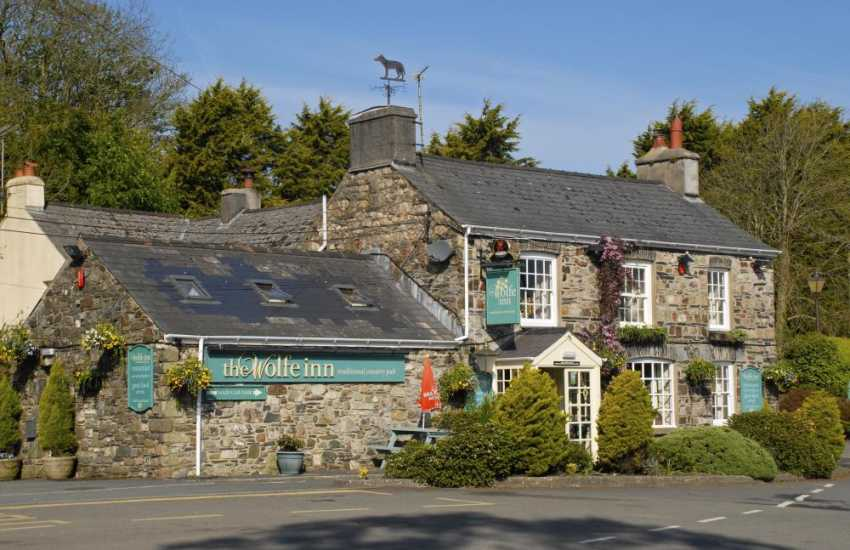 The Wolfe Inn - a cosy traditional village pub