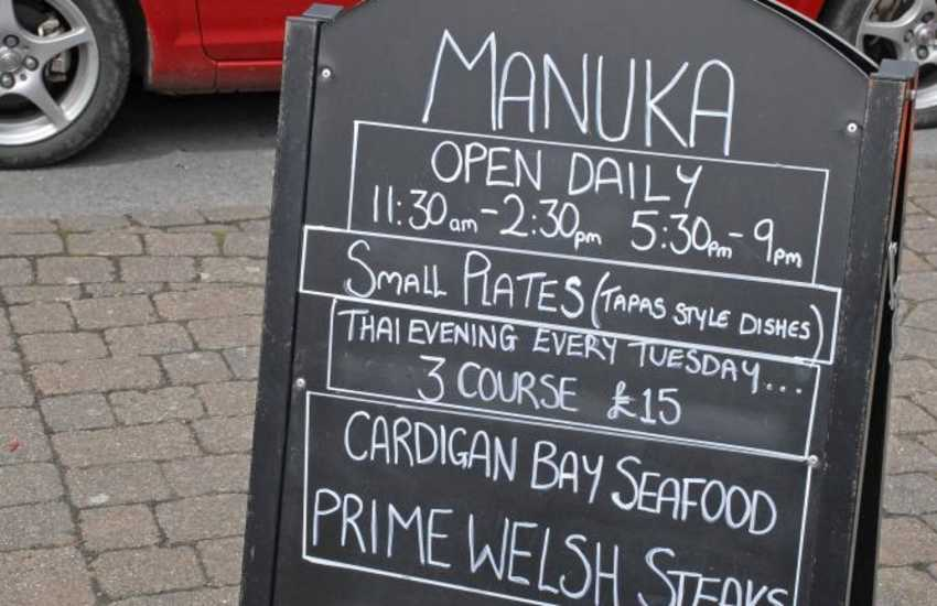 'Manuka' - a contemporary restaurant specialising in fresh local produce and themed evenings - the Thai food is delicious!
