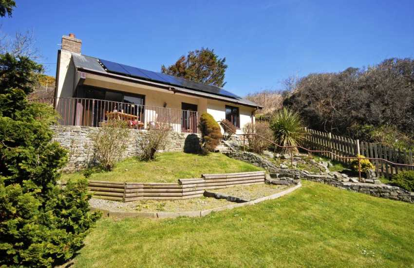 Cwm Tydu, Cardigan Bay - comfortable holiday bungalow and pets welcome