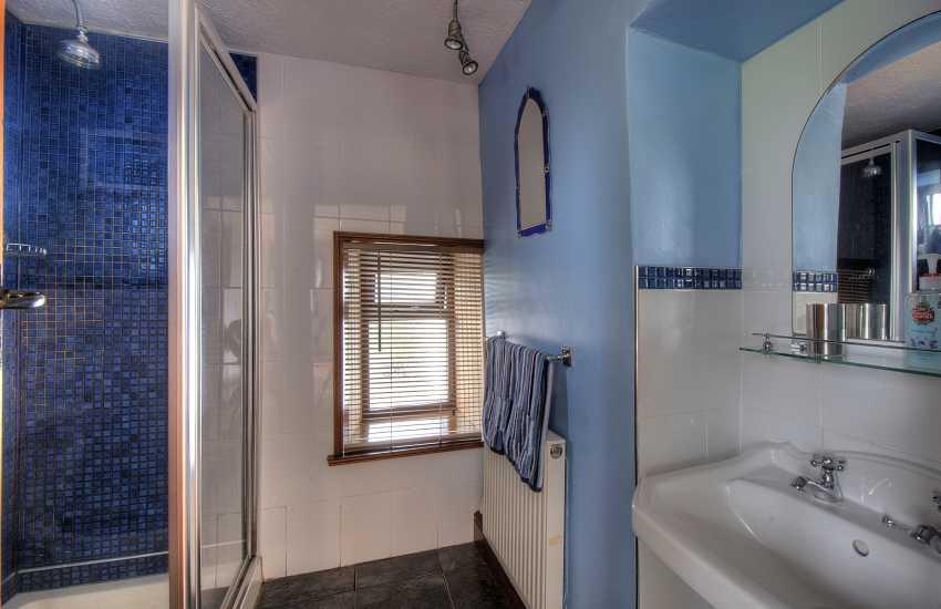 Holiday cottage shower room
