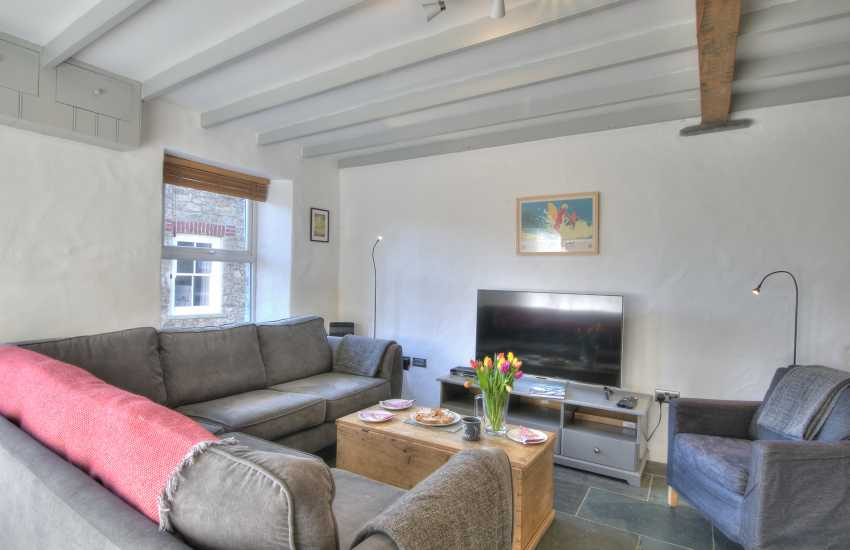 North Pembrokeshire holiday cottage - lounge