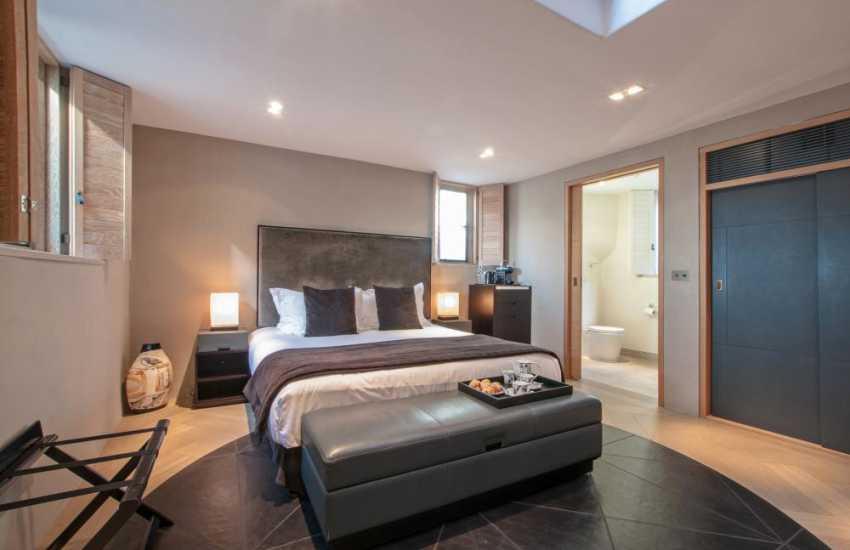 Lucy Walters double bedroom