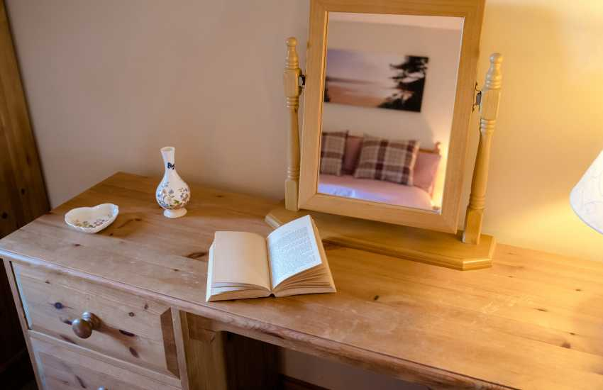 Rhossili beach cottage holiday - sleeps 6