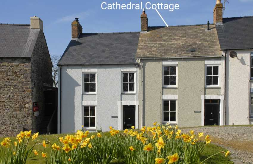 St Davids holiday cottage - sleeps 4