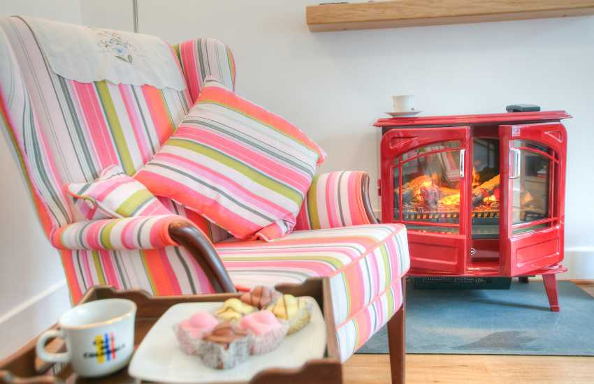 Borth y Gest holiday cottage - lounge