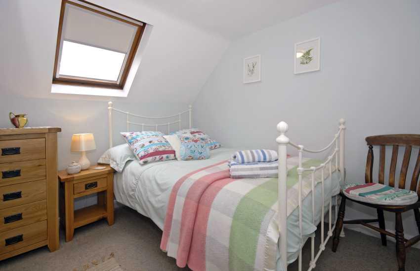 Pembrokeshire coast holiday cottage sleeps 4 - single