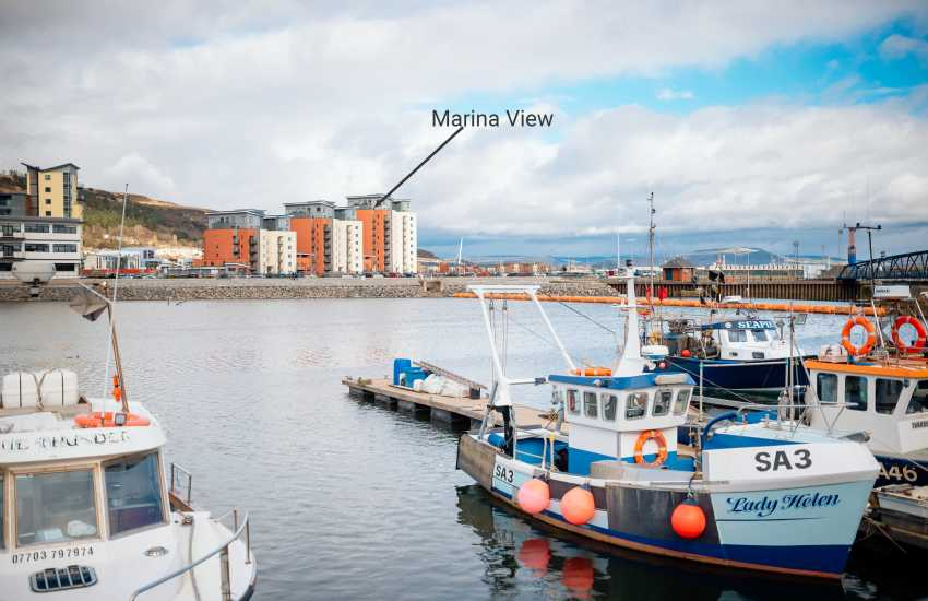 Swansea marina penthouse apartment for city breaks