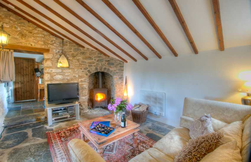 Snowdonia coastal cottage - lounge