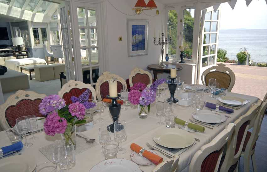 Dining room overlooking Waterwynch Beach