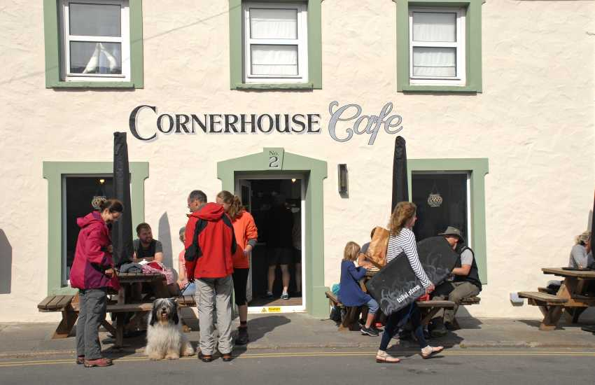 The Cornerhouse Cafe, Little Haven serves delicious coffees and freshly prepared meals