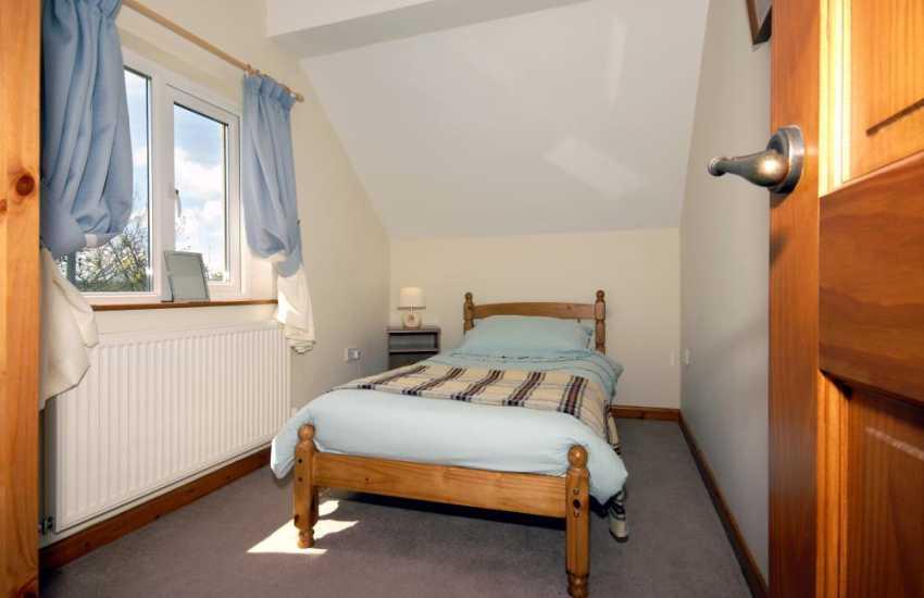 Pembrokeshire holiday cottage sleeping 6 - single