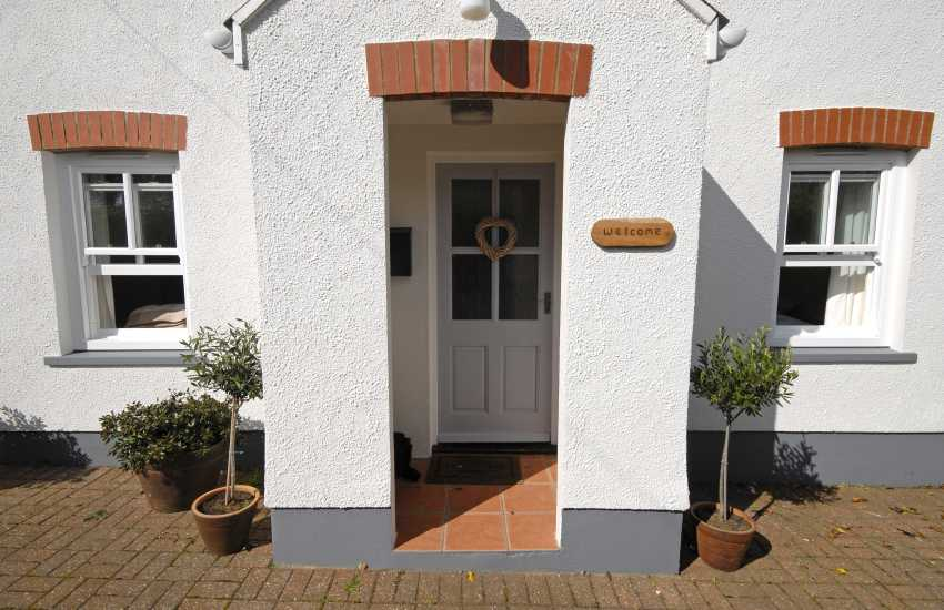 St Davids - cosy holiday cottage with private garden