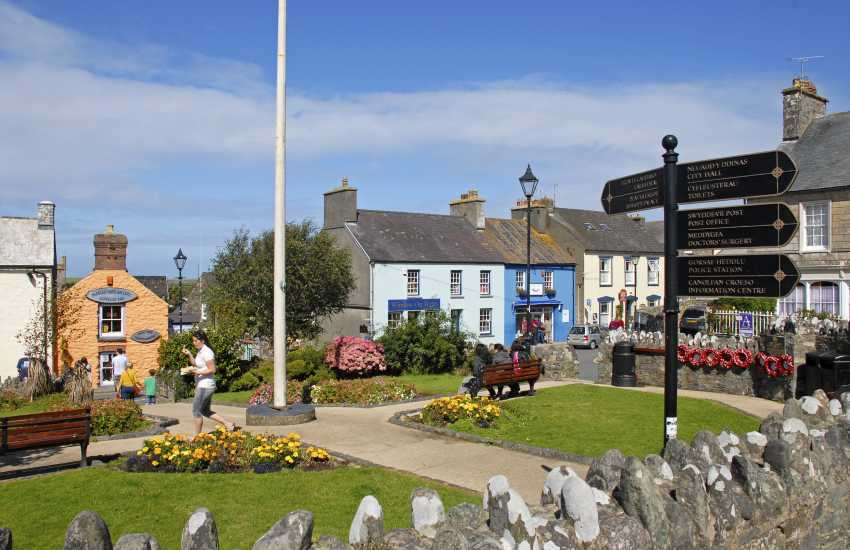 St Davids Cross Square - lots of galleries, cafes, pubs and individual shops in which to browse