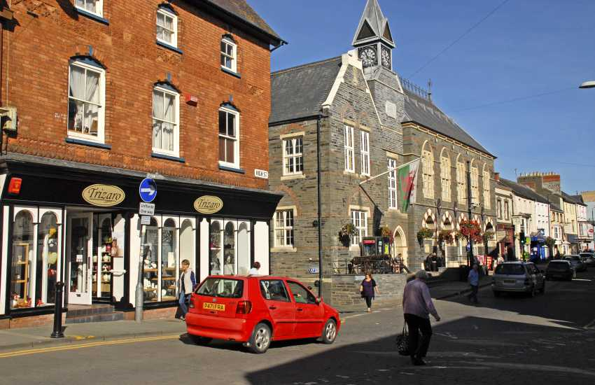 Cardigan - a thriving market town with an excellent theatre/cinema, leisure centre, market, boutique shops and a wide choice of places to eat