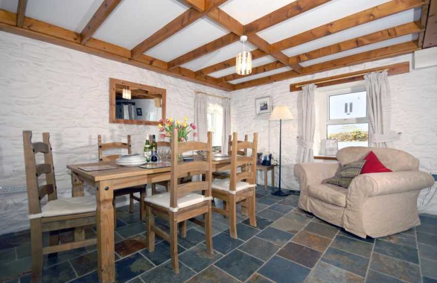 Wales, Pembrokeshire, Trefin self catering cottage - dining area