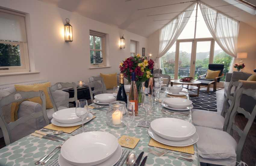 Holiday cottage Manorbier for parties and family gatherings
