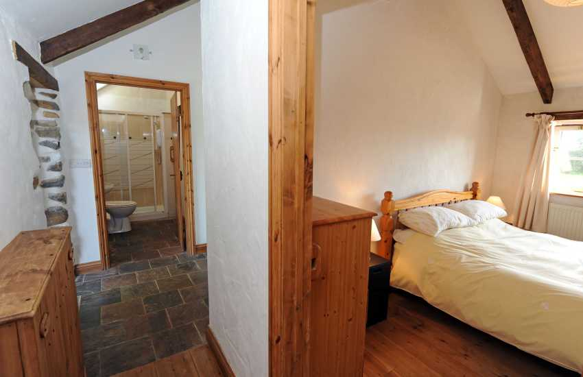 St Davids holiday cottage-hall