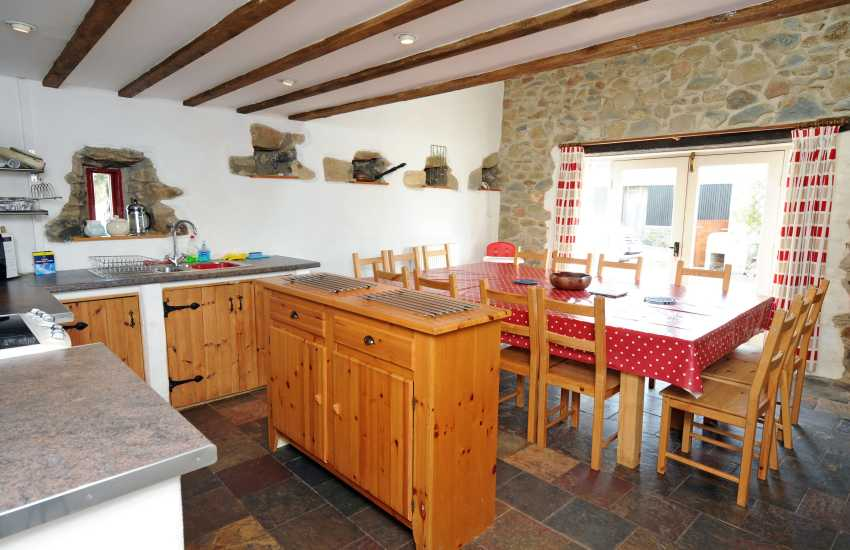 Welsh holiday home-kitchen