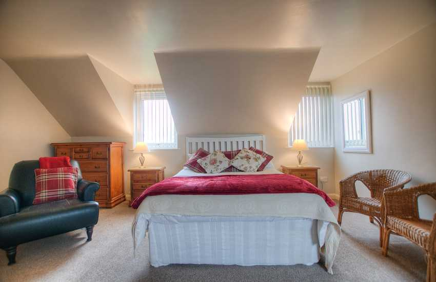 Cottage holiday Wales-double bedroom