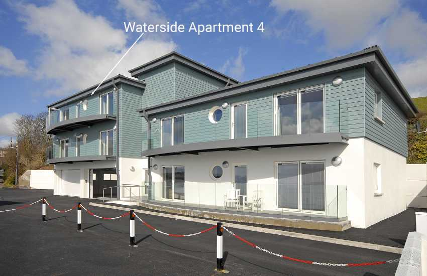 South West Wales apartment for holidays with sea views