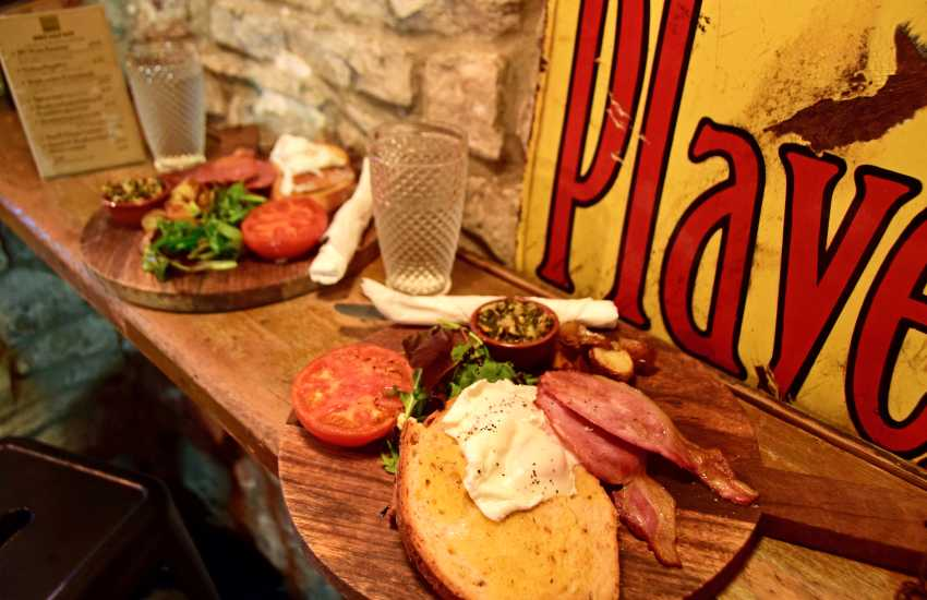 Gin Haus Deli call in for lunch or picnic supplies, The cakes are to die for and pizza nights need a table reservation for sure