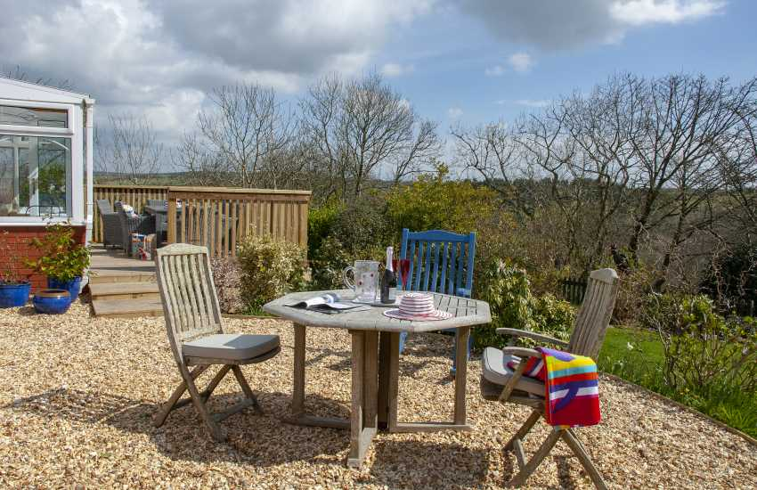Hafan Mor, Little Haven - raised deck and gravelled seating area